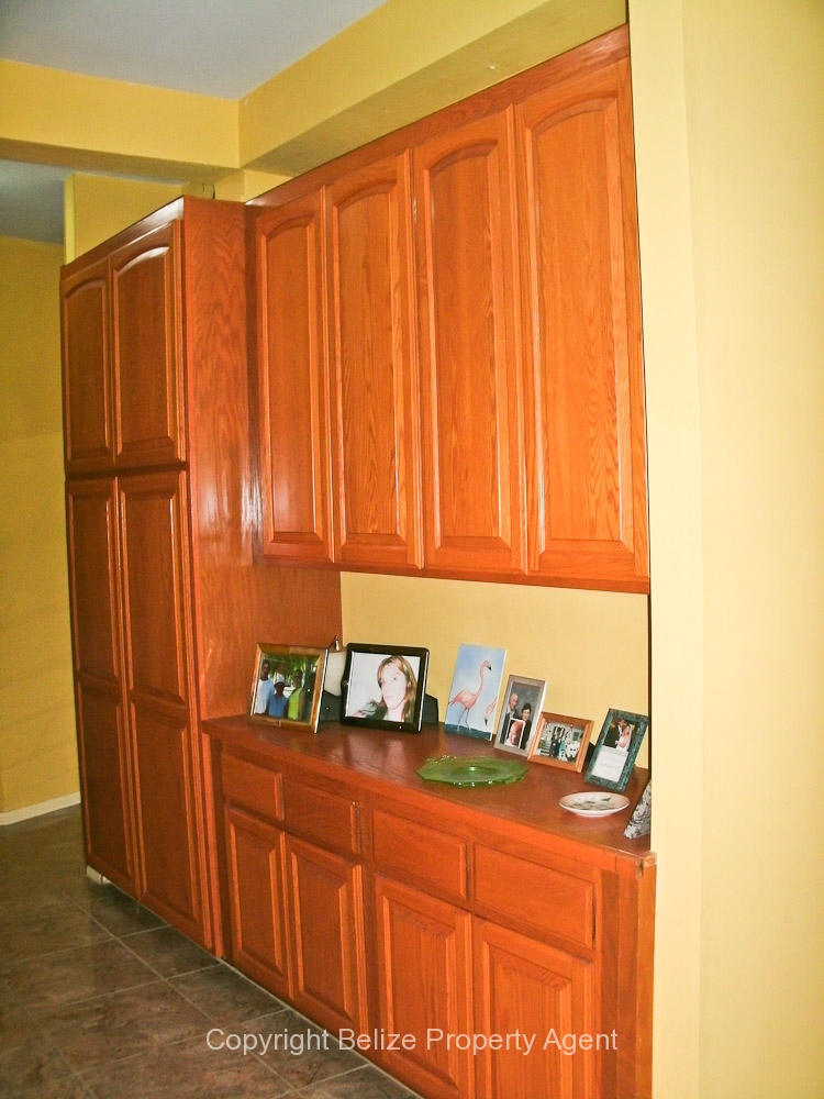 Ample cupboard space for property in Belize