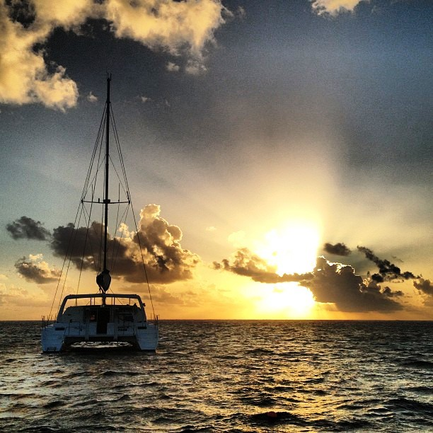 SunsetSailing-Belize
