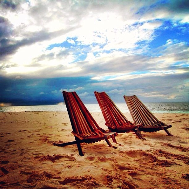 beach-chairs-belize